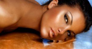 Maquillaje para mujeres bronceadas (1)