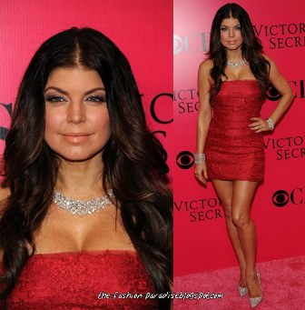 Maquillaje para un vestido rojo de fiesta