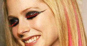 Maquillaje de Avril Lavigne para la noche