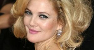 Maquillaje para rostro redondo como Drew Barrymore_2