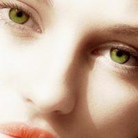 Pintar los ojos verdes